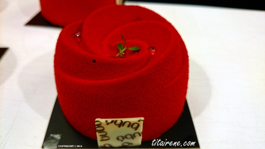 A rose cake prepared by one of the best World's best pastry chef Carles Mampel, since 2008 a member of prestigious Relais Dessert.